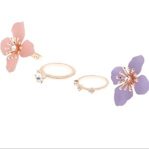 Jewelry - Flower Power Set of 4 Rings NWT